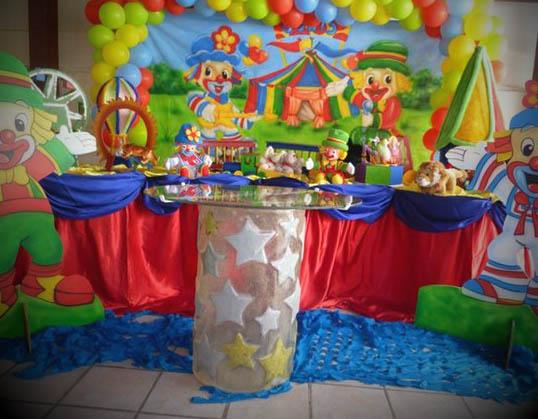 Mesa-principal-da-decoracao-luxo-Patati-Patata