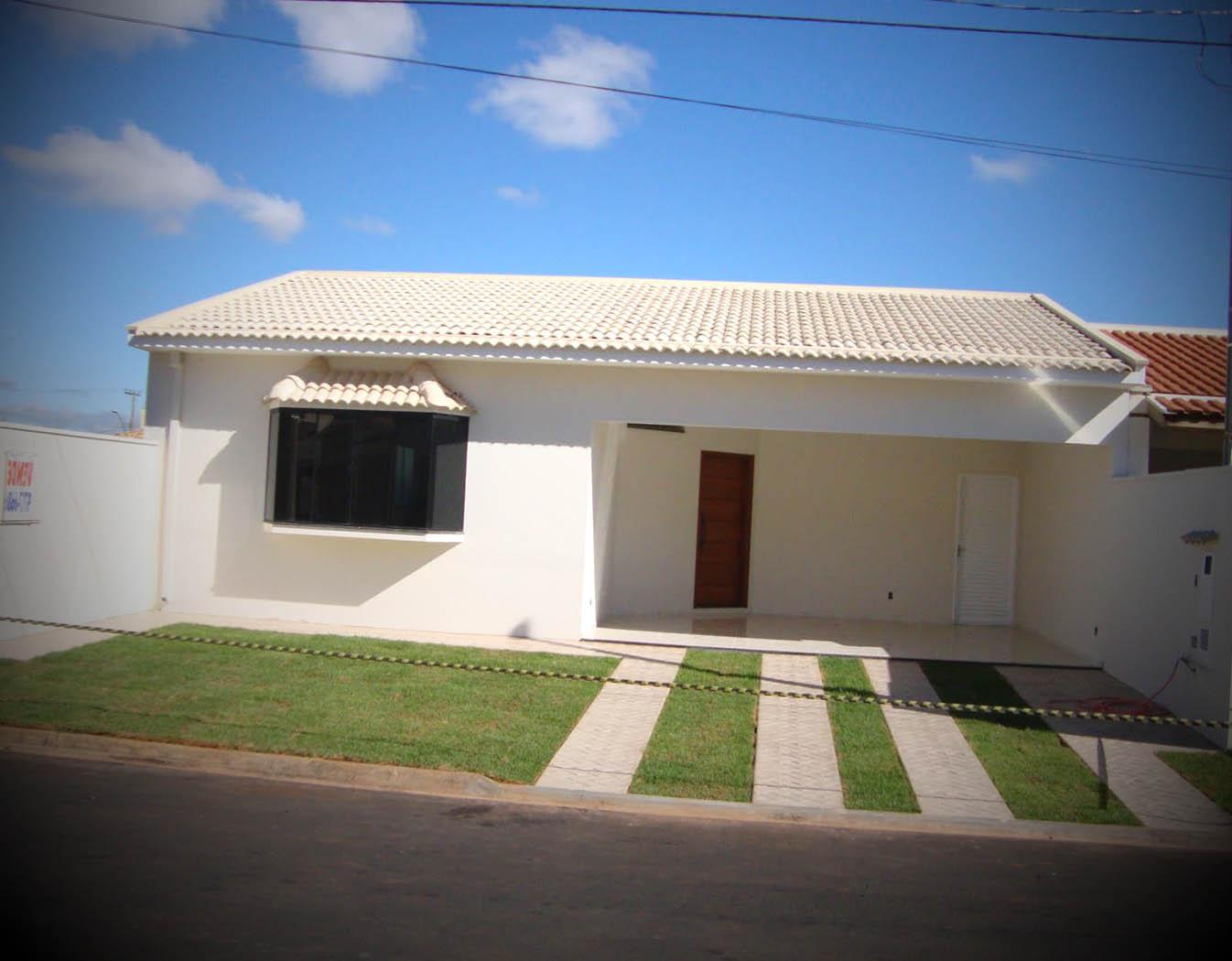12 fachadas de casas pequenas for Fachadas de viviendas pequenas
