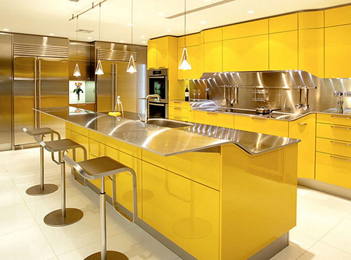 cozinha amarecina em tons amarelos