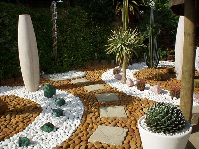 pedras para jardim grandes:Cactus Rock Garden Design