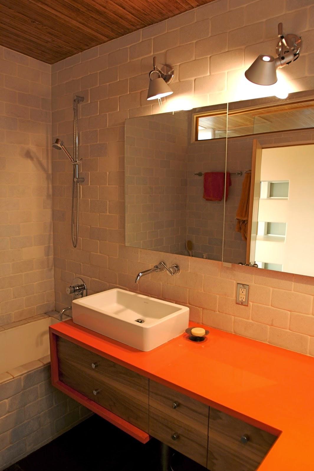 10  Ideias para Iluminar o Banheiro #CC6F00 1065 1600