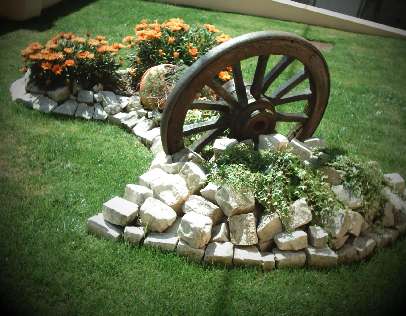 jardins pedras fotos:Assim, existem desde pedras mais irregulares e de menor dimensão
